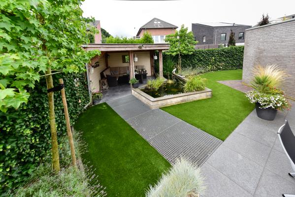 Schuine lijnen tuin hoveniersbedrijf miggiels van amstel for Tuinontwerp schuine lijnen